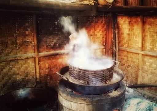 Proses Pemasakan Nira Kelapa
